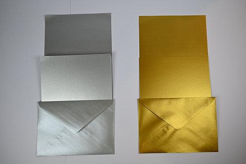 Goldige und silberne Papierwaren