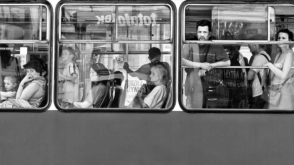 Malta_People in tram in Krakow