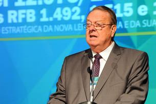 Entrevista: Alfried Plöger, Presidente da ABRASCA