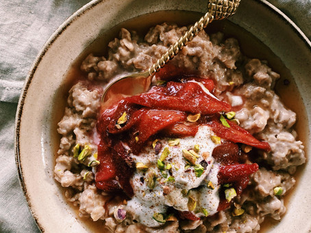 stewed pear + rhubarb spiced porridge