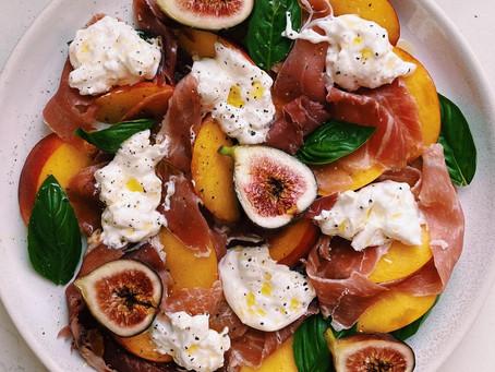 burrata, peach and prosciutto salad