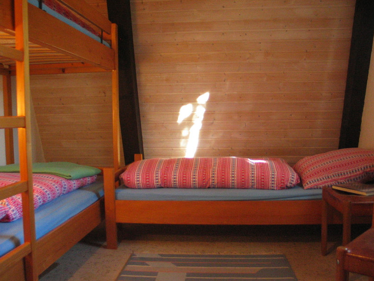 Kinderzimmer, Einzelbett