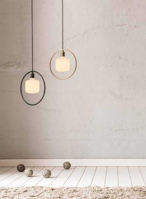 ampoules en porcelaine