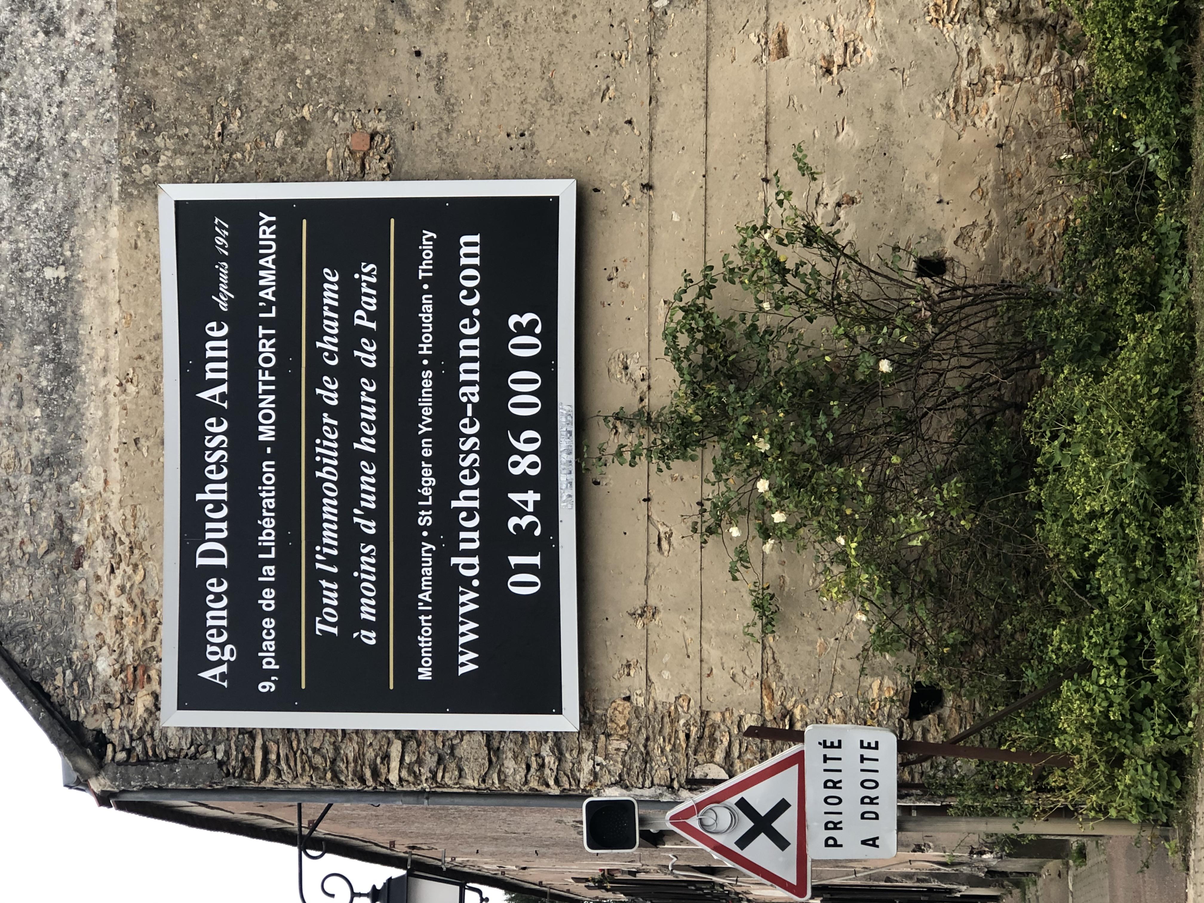 Rénovation d'un panneau publicitaire 4x3m