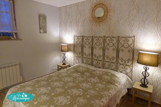 Chambre gîte Le Romance. La Romantique