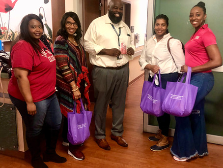 Virtuous Women Houston Volunteers at the V.A.