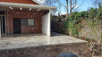 French Patten Travertine Paving