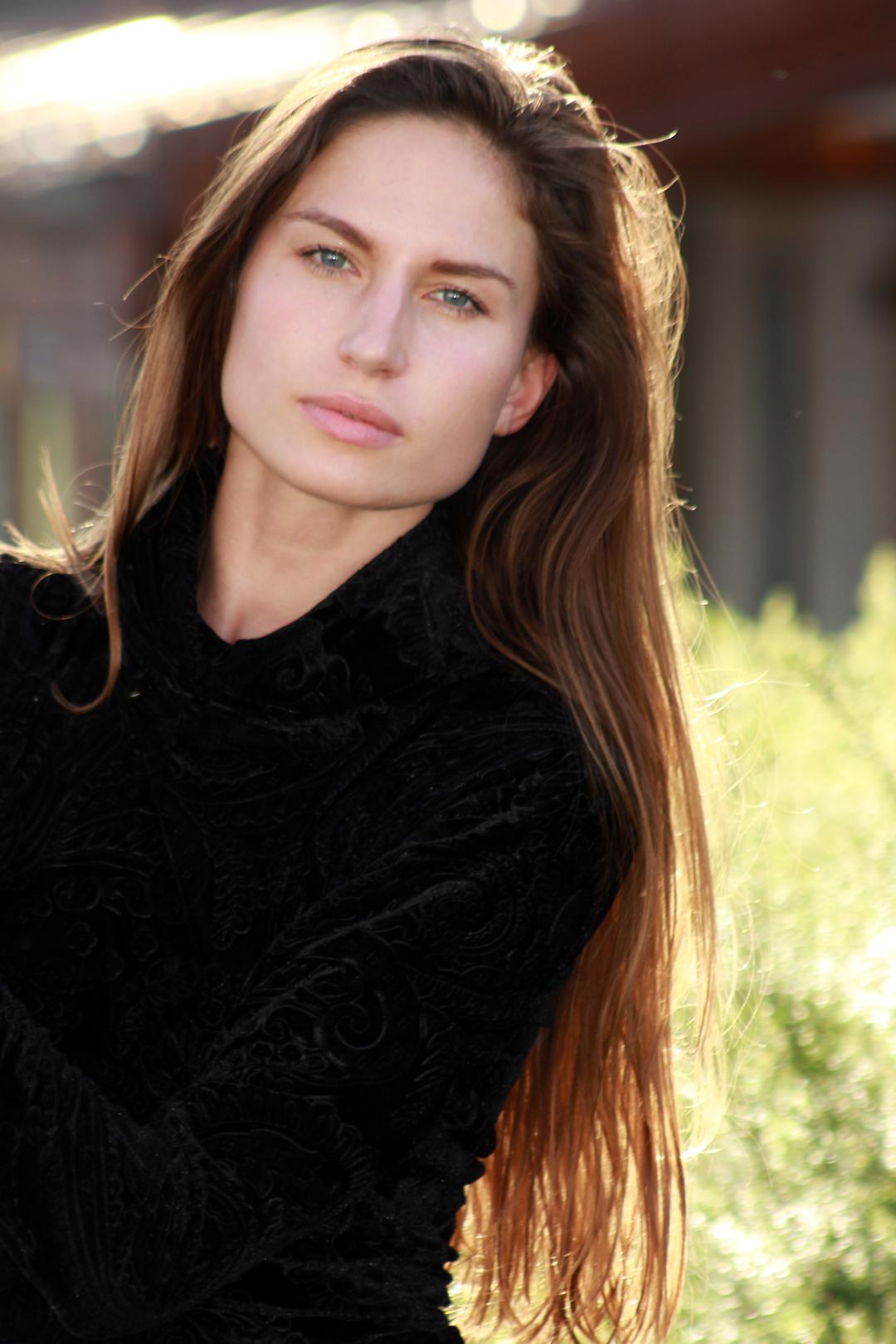 Vita Rubina - Grace Models11