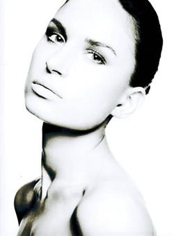 Vita Rubina - Grace Models1