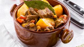 Jídlo z jednoho hrnce: Dušené hovězí se zeleninou a bramborami