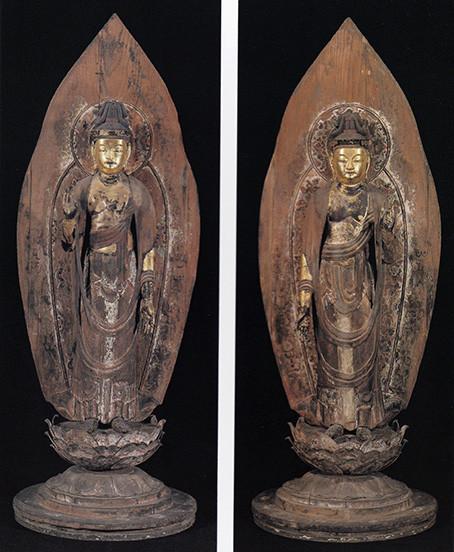 両脇侍の日光・月光菩薩立像