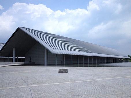琵琶湖の畔・水庭に浮かぶ「佐川美術館」@滋賀