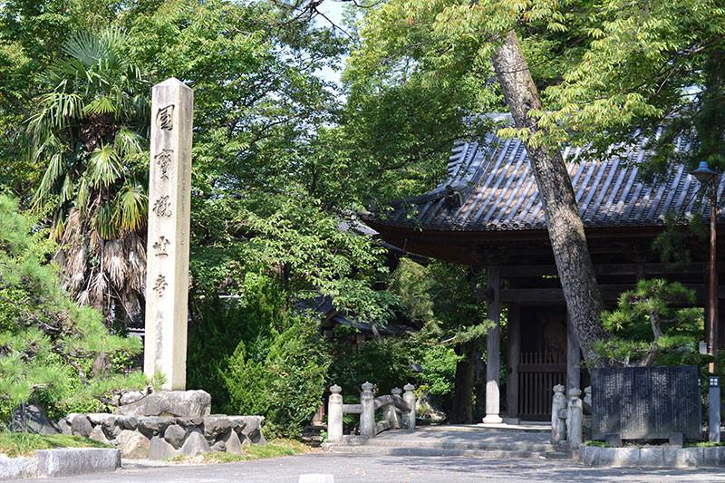 渡岸寺観音堂
