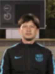 2018coach_nakamura.jpg