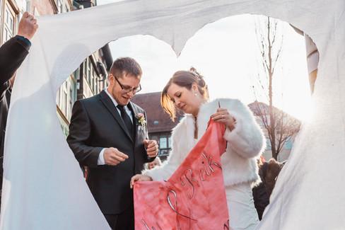 Hochzeit Herz ausschneiden