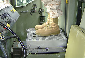 MTVR Height Adjustable Turret Gunner Platform