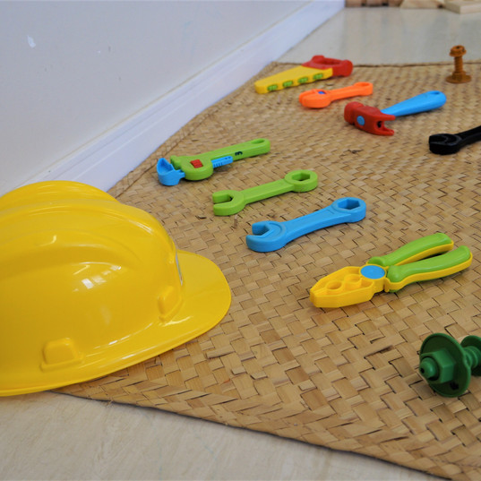 Aquarela Espaço Infantil: brinquedos mecânica