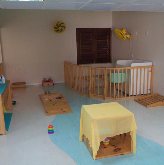 Aquarela Espaço Infantil: sala berçario 2