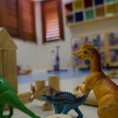 Aquarela Espaço Infantil: dinossauros em sala