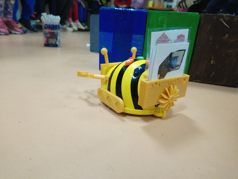 beebot robotica e disegno3
