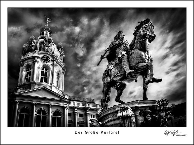 Der Große Kurfürst vor dem Schloss Charlottenburg