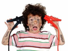 Синдром гиперактивности и дефицита внимания обеспечивает ребенку проблемы в школе