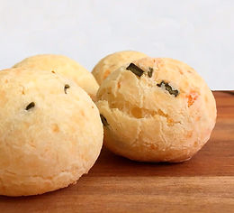 Garlic and Rosemary Brazilian Cheese Bread