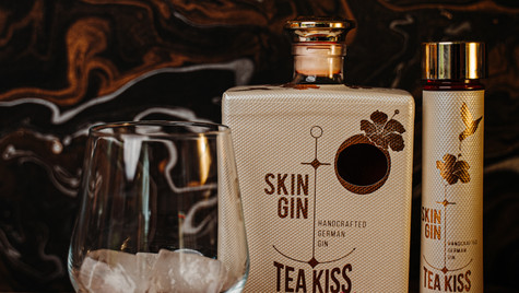 Skin Gin x All2Picture