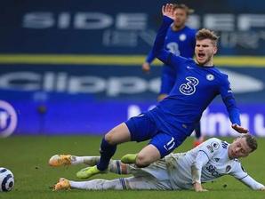 Em jogo morno pela Premier League, Chesela empata sem gols com o Leeds United