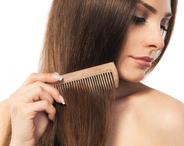 Cheveux secs ? Explications et solutions !