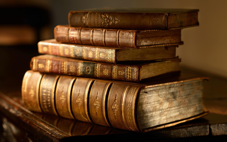 libros_antiguos_tomos_2880x1800