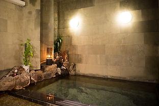 下諏訪温泉ならではの熱いお湯
