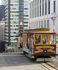 330px-San_Francisco_Cable_Car_at_Chinato