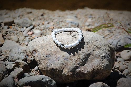 White Howlite Bracelet with Yin & Yan Symbol