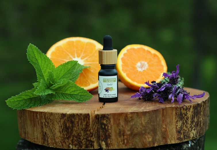 """Smile"" - Pure Essential Oil Blend (for depression & lifting moods)"