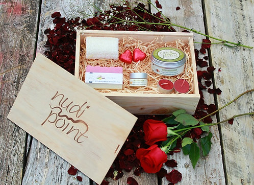 """Be Mine"" - Special Valentines Day Gift Box"