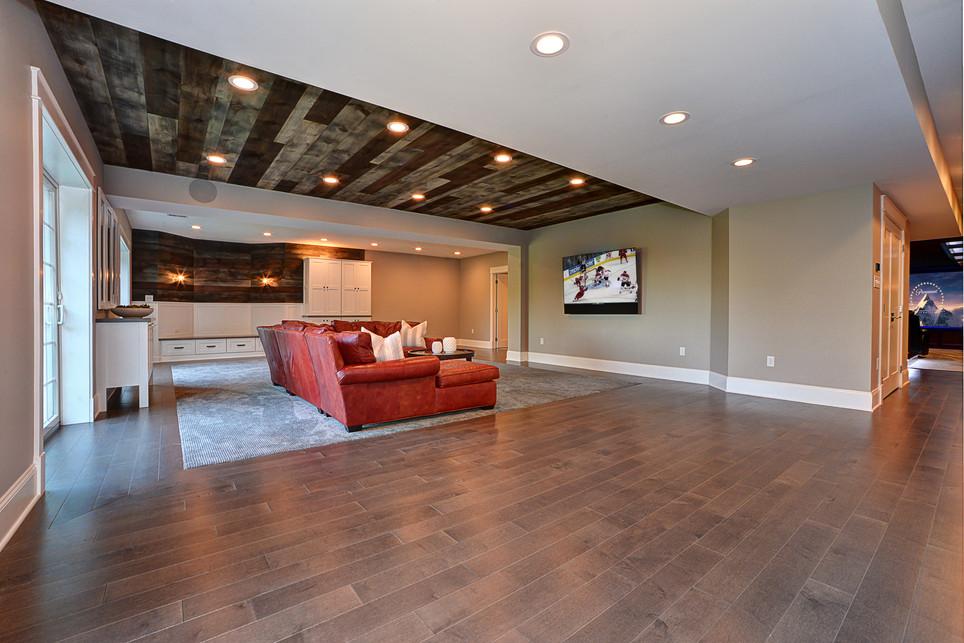 living area 2.jpg