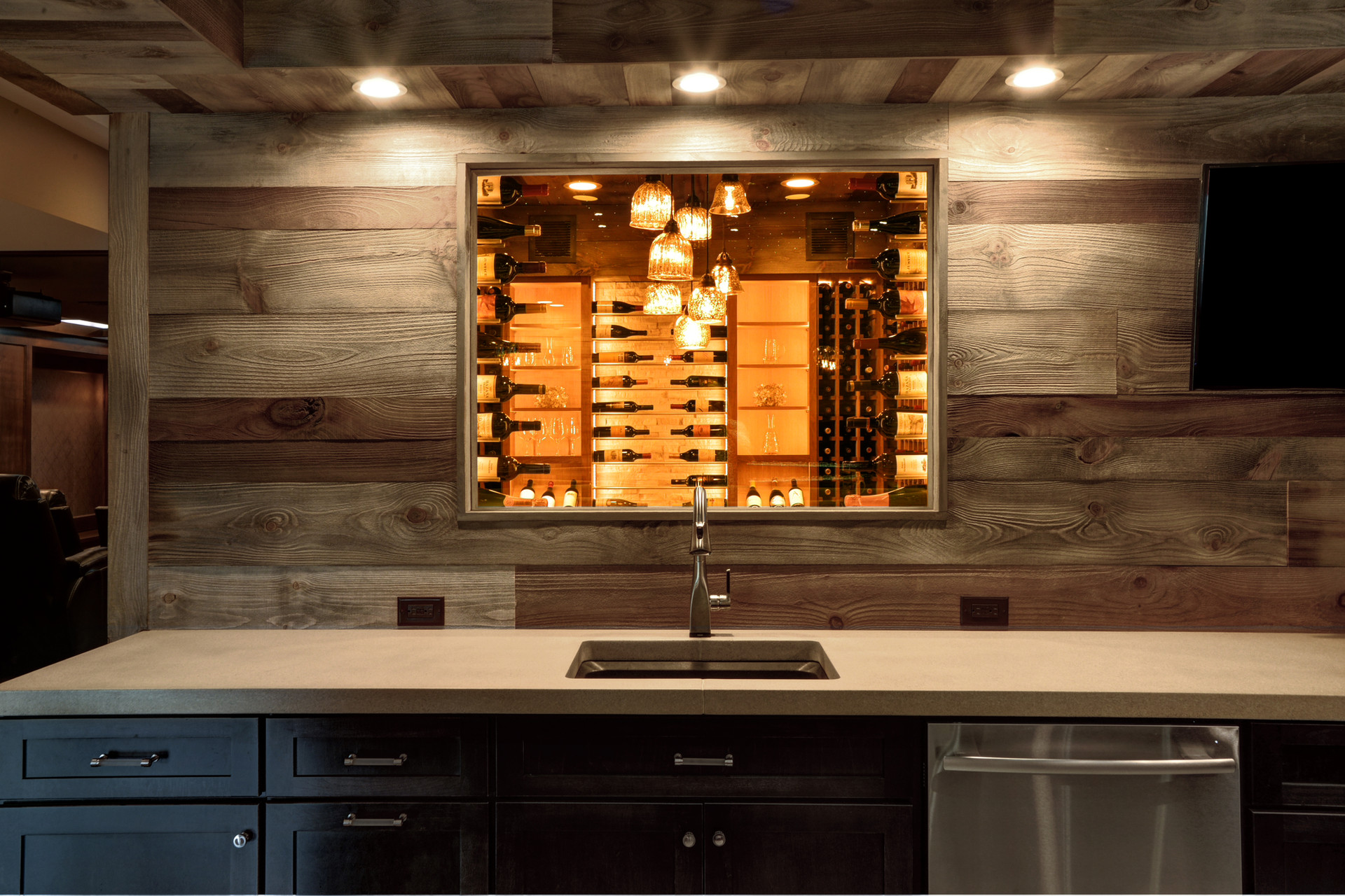 wine window closeup.jpg