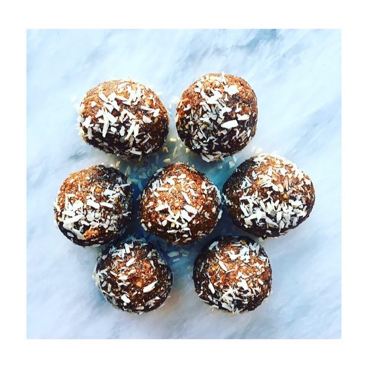 Healthy energy balls recipe snack