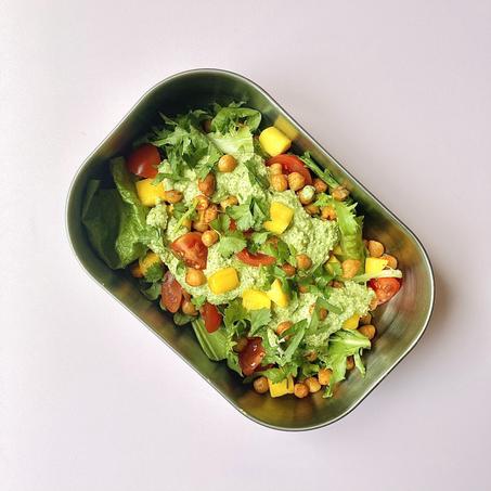 healthy lunch recipe: spicy chickpea, mango & coriander salad