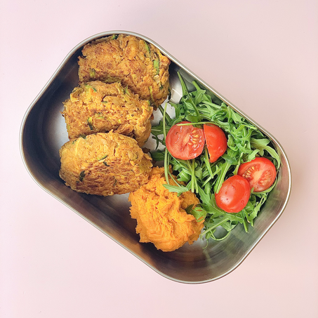 healthy wfh lunch recipe: carrot & courgette fritters