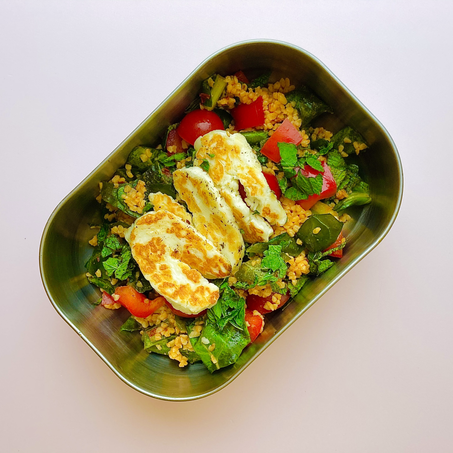 wfh lunch recipe: harissa bulgur wheat with halloumi