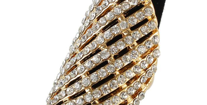 gold and diamond dome ring