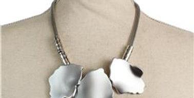 Silver leaf necklace set