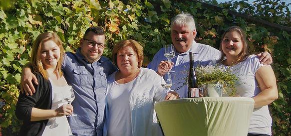 Weingut Siebenhof Familie Tradition Winzerfamilie