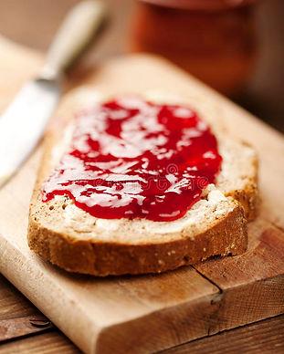 jam-bread-25469092.jpg