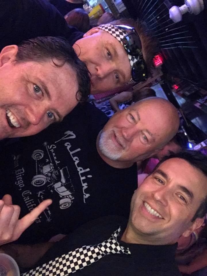 The M80s with Knuckleheads fan