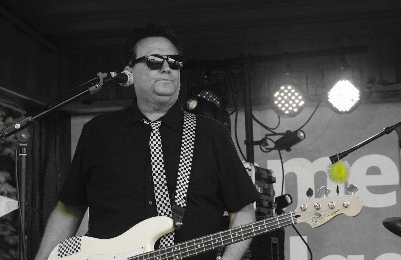 The M80s at 80s Beach Party