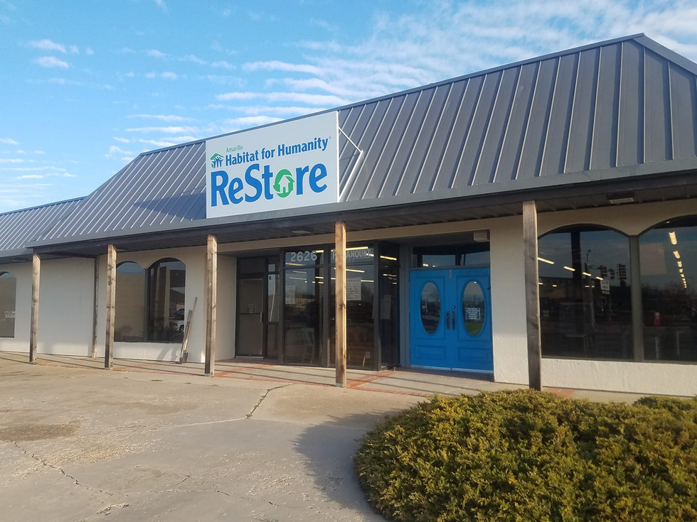 Front of store.jpg