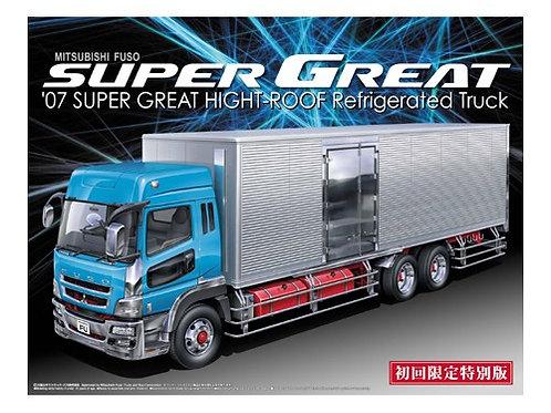Aoshima Heavy Freight 1/32 Mitsubishi Fuso '07 Super Great Refrigirated Truck